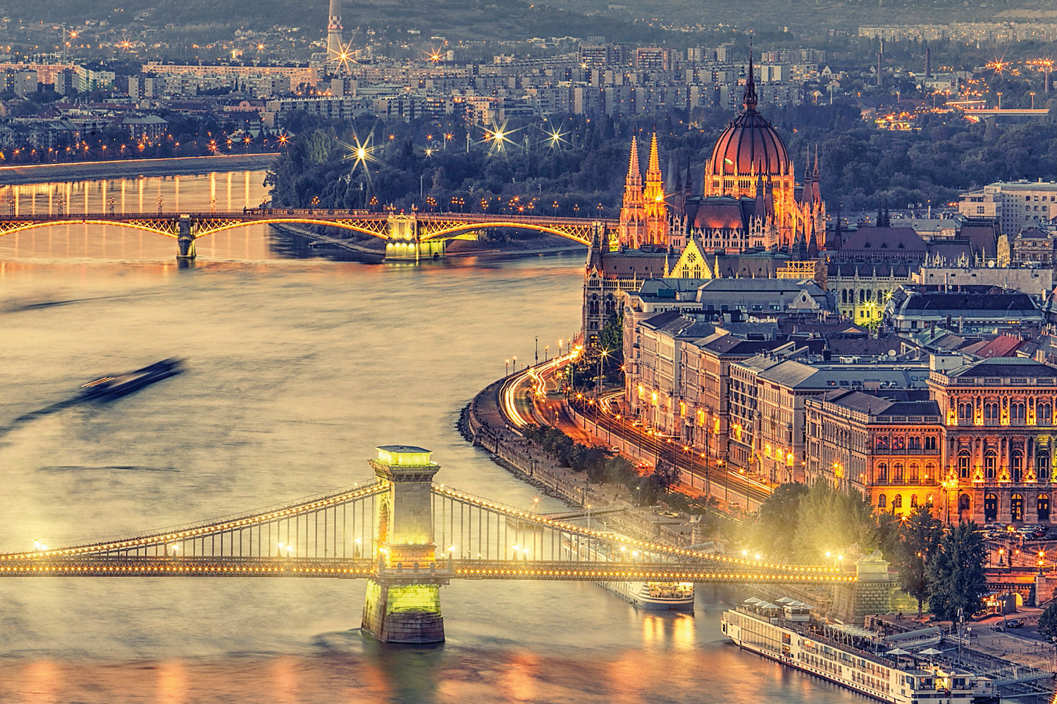 Budapest City Tours - Sightseeing Hop-on hop Off