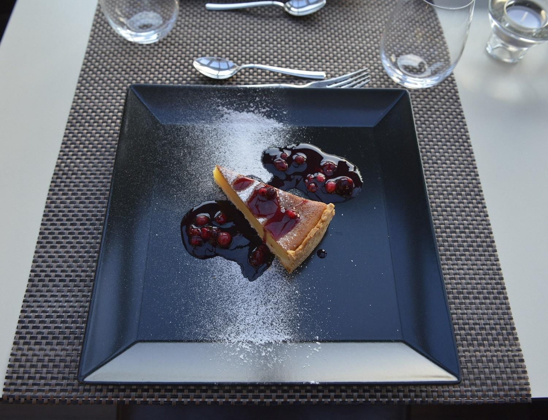 Flan cake forest fruit ragout