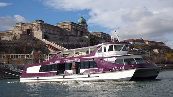 rent a boat budapest
