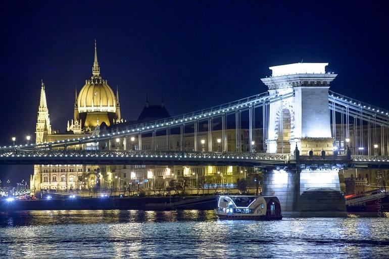 Sightseeing River Cruise Budapest