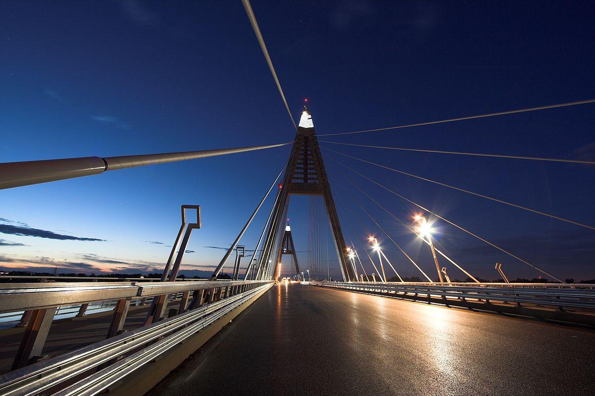 Budapest megyeri bridge