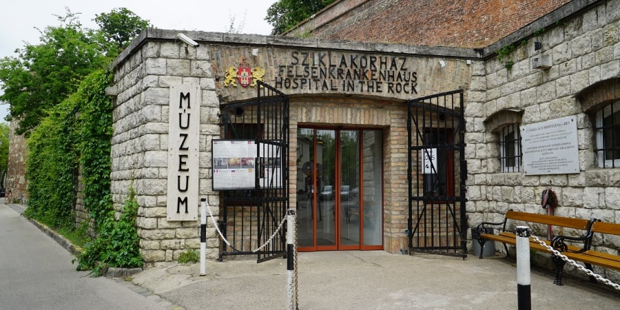 Felsenkrankenhaus Bunker